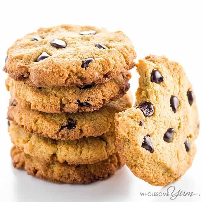 wholesomeyum_sugar-free-low-carb-chocolate-chip-cookies-paleo-gluten-free-3